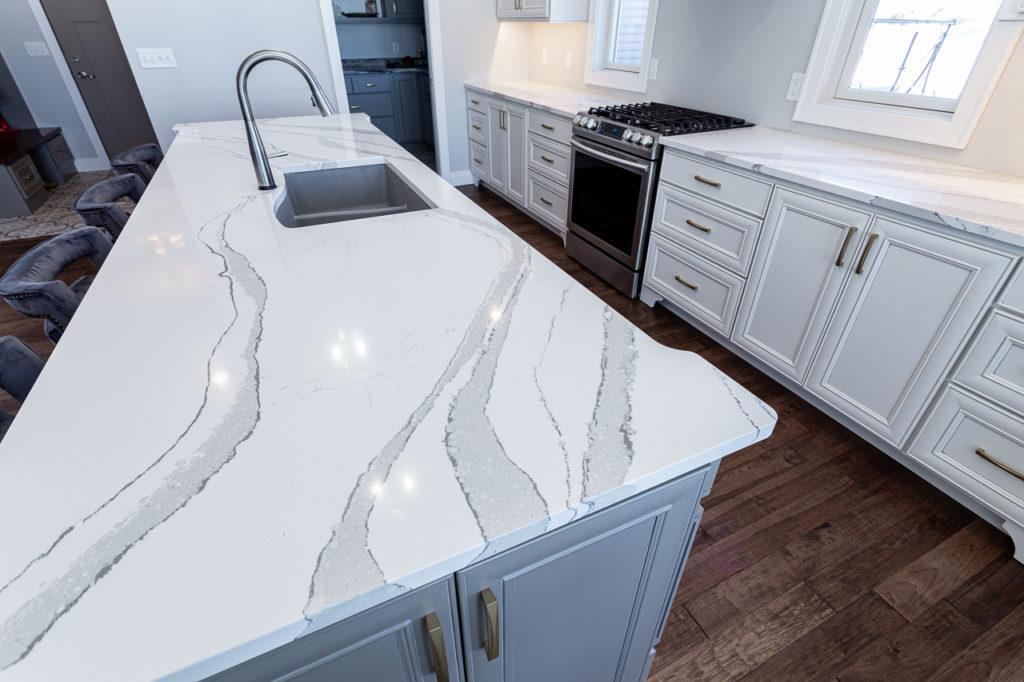 kitchen island with quartz countertop